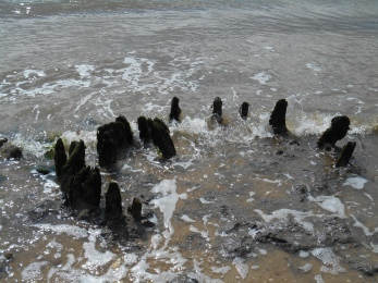 Presumably groynes again